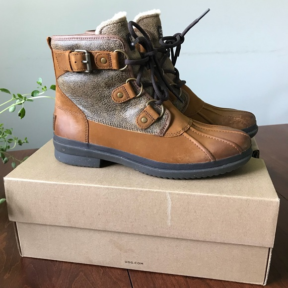 6322b81dbad UGG Cecile winter boots NWT